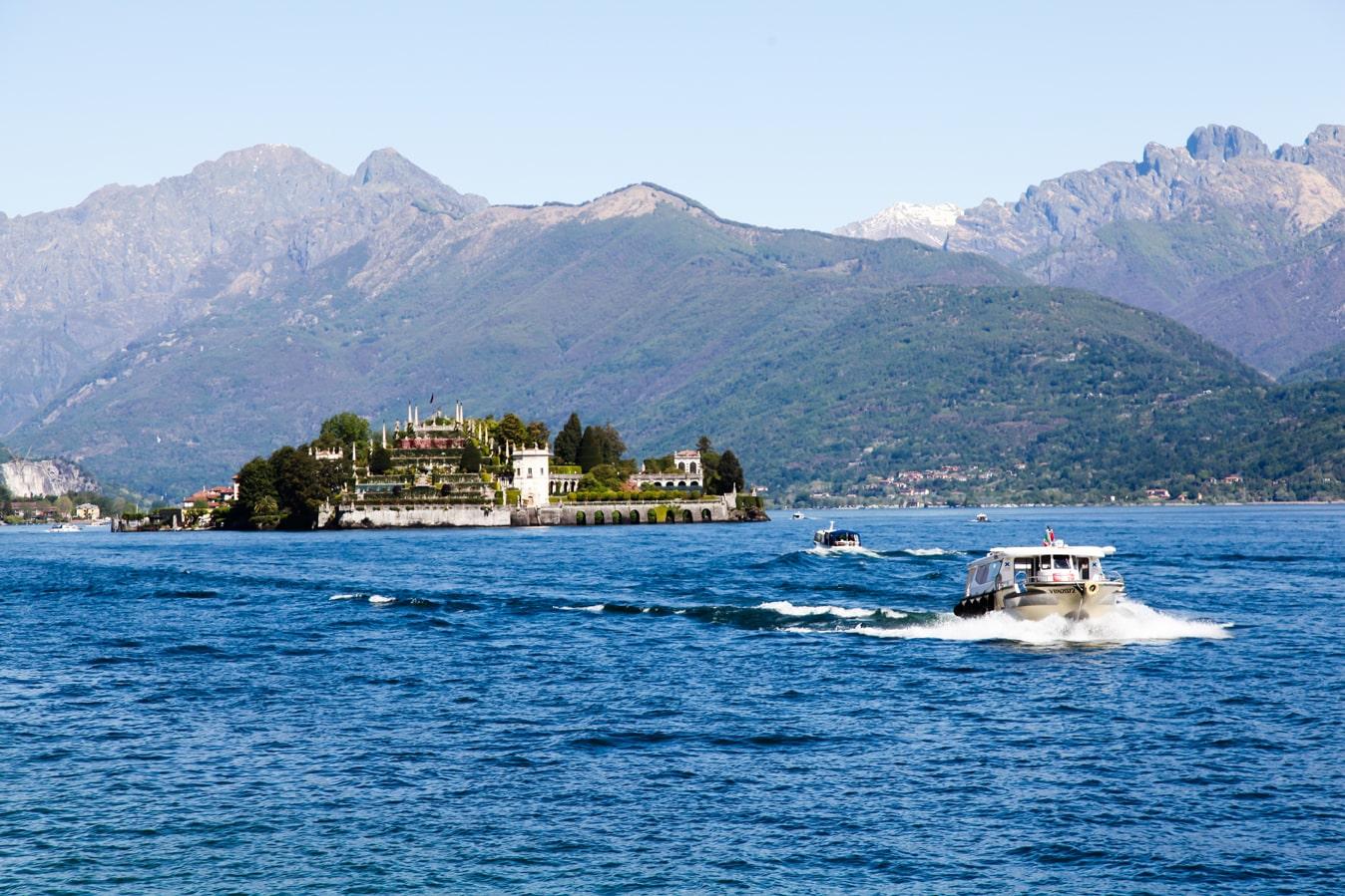 озеро Маджоре, архибелаг боромео, баромейские острова в Италии
